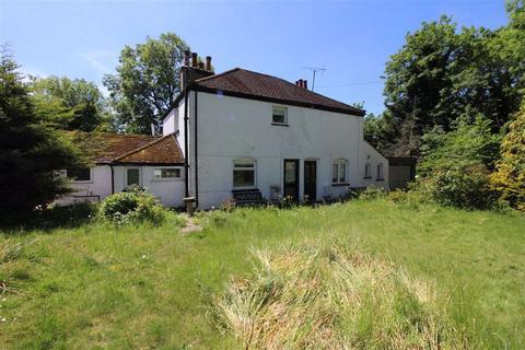 3 bedroom semi-detached house to rent - Radnor Hall, Elstree, Herts