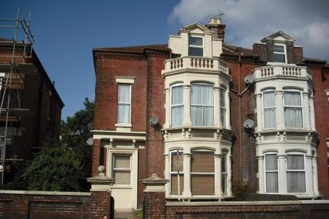 1 bedroom flat to rent - Victoria Road North, Southsea, PO5