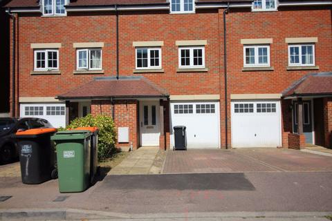 3 bedroom house to rent - Watling Gardens (P8881) - AVAILABLE