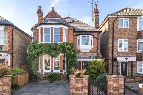 6 bedroom detached house for sale - Latchmere Road, Kingston Upon Thames