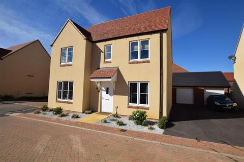 4 bedroom detached house for sale - Little Owl Drive, Bodicote, Banbury