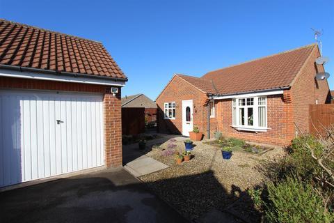 3 bedroom detached bungalow for sale - Bilsdale Crescent, Bridlington