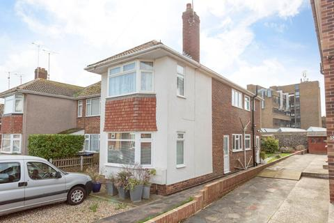 2 bedroom flat for sale - West Cliff Road, Broadstairs