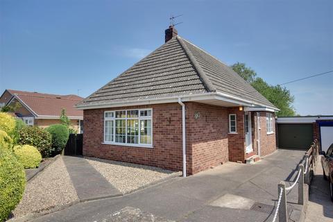 3 bedroom detached bungalow for sale - Annandale Road, Kirk Ella