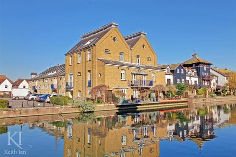 2 bedroom apartment for sale - Omega Maltings, Star Street, Ware - Fantastic River View!