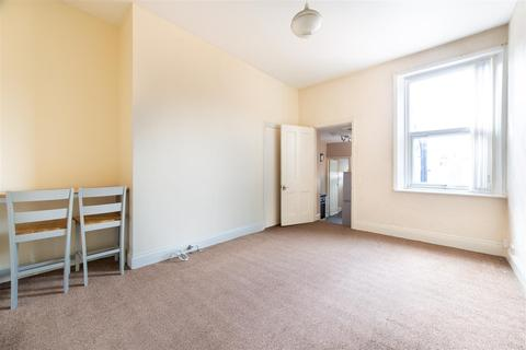 3 bedroom flat to rent - Warton Terrace, Newcastle Upon Tyne