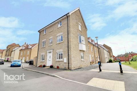 4 bedroom end of terrace house for sale - Truscott Avenue, Swindon