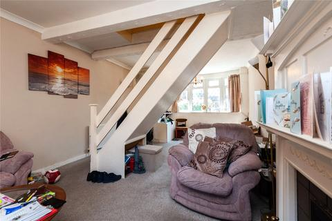 3 bedroom terraced house for sale - Brookscroft Road, Walthamstow, London, E17