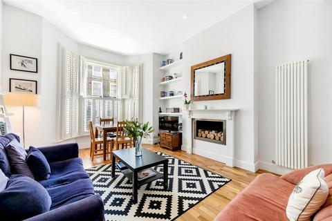 2 bedroom flat to rent - Brussels Road, SW11