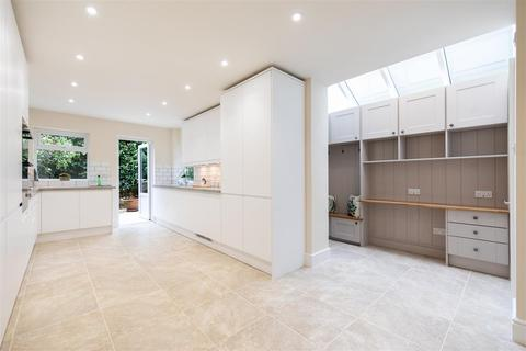 5 bedroom terraced house to rent - Roskell Road, SW15