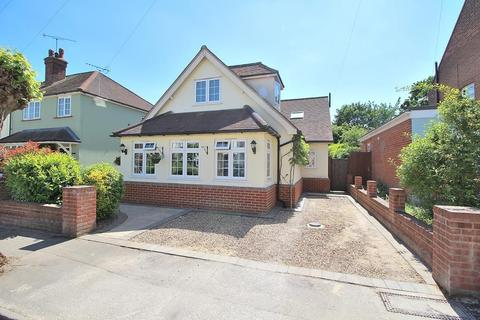 4 bedroom chalet for sale - Avenue Road, Chelmsford, Essex, CM2