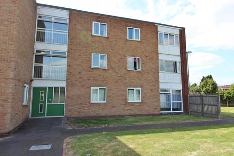 2 bedroom flat for sale - Essington Road, Willenhall