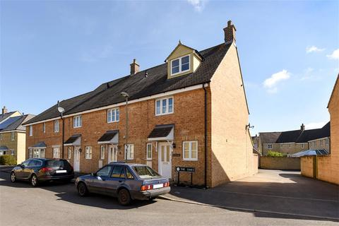 4 bedroom end of terrace house for sale - The Oaks, Carterton, Oxfordshire, OX18
