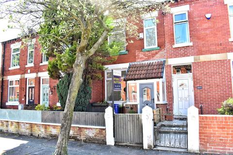 4 bedroom terraced house for sale - Parkfield Road North, New Moston, Manchester, M40