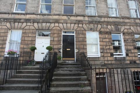 4 bedroom flat to rent - Hart Street, New Town, Edinburgh, EH1