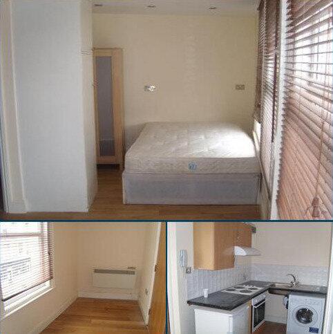 Studio to rent - High road willesden , london