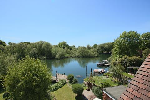 4 bedroom semi-detached house for sale - Riverside 4 Bedroom House with Boathouse, Mooring Jetty and Stunning Views