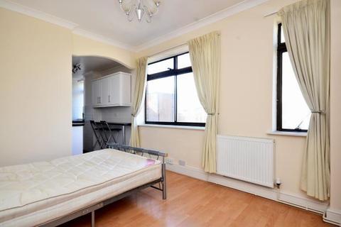Studio for sale - 95 Dudley Court, Upper Berkeley Street, London, W1H 5QB