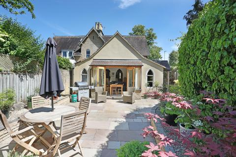3 bedroom semi-detached house for sale - Somerford Road, Cirencester, GL7