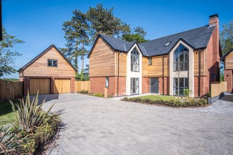 5 bedroom detached house for sale - Lapworth, West Midlands, B94