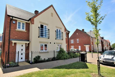 3 bedroom semi-detached house for sale - Mannock Way, Canford Heath, POOLE, Dorset