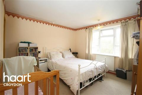 2 bedroom flat to rent - Clement Close, CR8