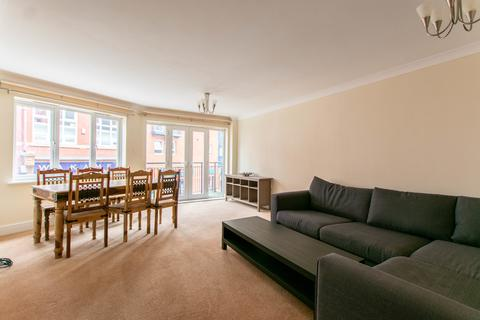 3 bedroom apartment to rent - New Street, Cheltenham GL50 3LP