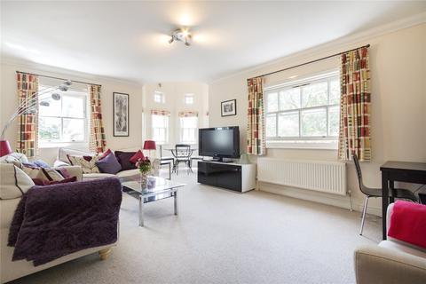 3 bedroom flat for sale - Fraser Court, 1 Brockham Street, London, SE1
