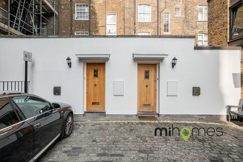 2 bedroom mews to rent - Durweston Mews, W1