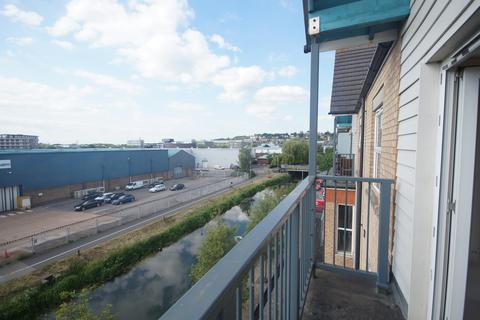2 bedroom apartment to rent - Riverside Drive, Lincoln