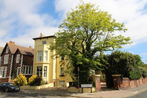 3 bedroom apartment to rent - Lennox Road North, Southsea