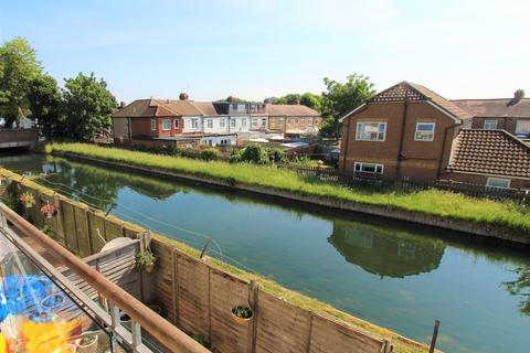 1 bedroom apartment to rent - Barrowell Green, London