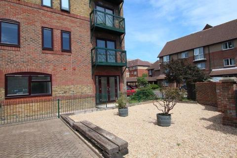 2 bedroom apartment for sale - Spitfire Court, Mitchell Close, Woolston, SO19 7TN
