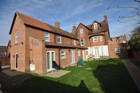 1 bedroom flat to rent - Lotus Court, Bedford