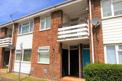 2 bedroom flat for sale - Mendip Close, Harlington, UB3 5LH