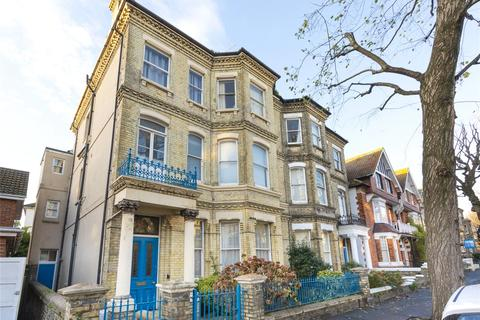 Parking to rent - Norton Road, Hove, East Sussex, BN3