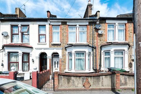 3 bedroom terraced house for sale - Belmont Park Road, Leyton, London, E10