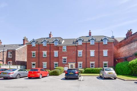 2 bedroom apartment to rent - Provender Close, Altrincham, WA14