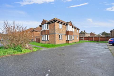 1 bedroom flat to rent - Walcheren Close Deal CT14