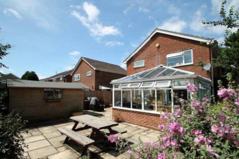 4 bedroom detached house for sale - Jeffery Close, Staplehurst, Kent TN12 0TH