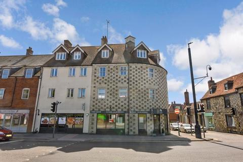 2 bedroom apartment to rent - Stonehenge Walk, Amesbury