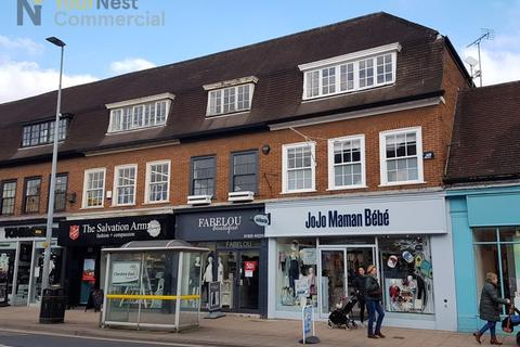 Shop to rent - Prime Shop To Let, Water lane, Wilmslow, SK9 5AA