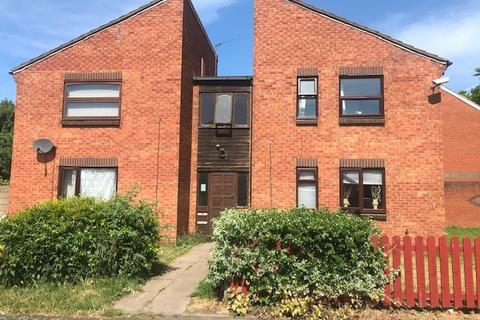 Studio to rent - Circuit Close, Willenhall WV13