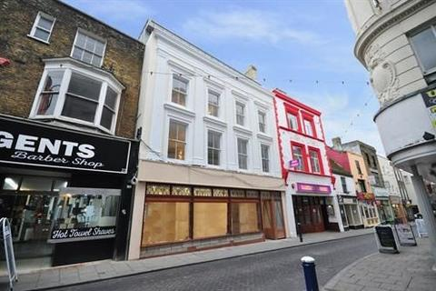 3 bedroom flat to rent -  Harbour Street, Ramsgate
