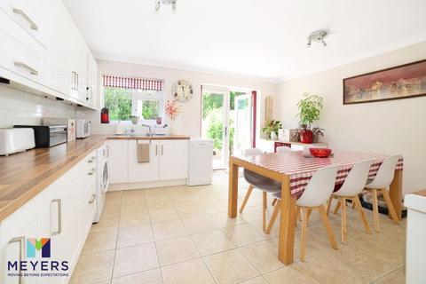 2 bedroom terraced house for sale - Petersham Road, Creekmoor, Poole, BH17