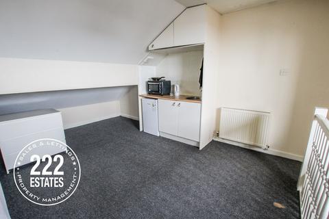 Studio to rent - Lovely Lane, Warrington, WA5