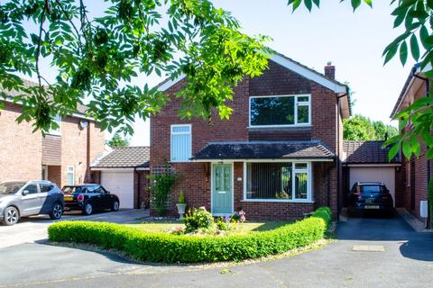 3 bedroom detached house for sale - Kennelwood Road, Comberbach, Northwich, CW9