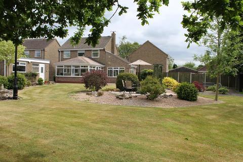 4 bedroom detached house for sale - Langdale Road, Market Weighton, York