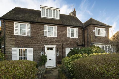 5 bedroom detached house for sale - Brim Hill, London