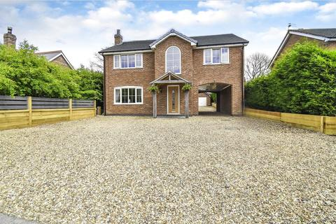 4 bedroom detached house for sale - Sands Road, Harriseahead, Stoke-On-Trent